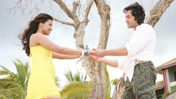 Mugdha Godse And Bobby Deol Looking Each Other